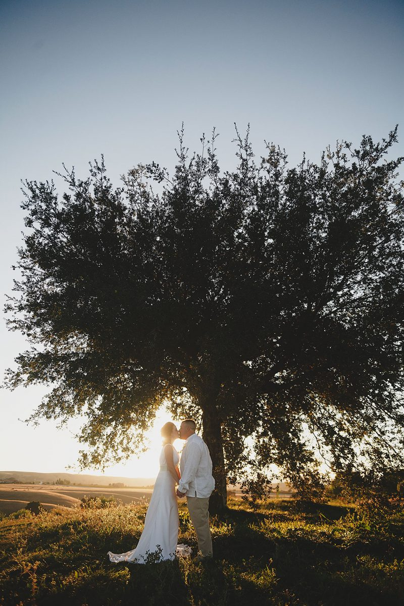 Romantic sunset wedding photo at the Poppy Ridge Golf Course in Livermore by Matthew Leland Photography